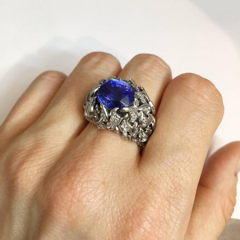 Verdura 9 Carat Burmese Sapphire Diamond Platinum Ring For Sale 2