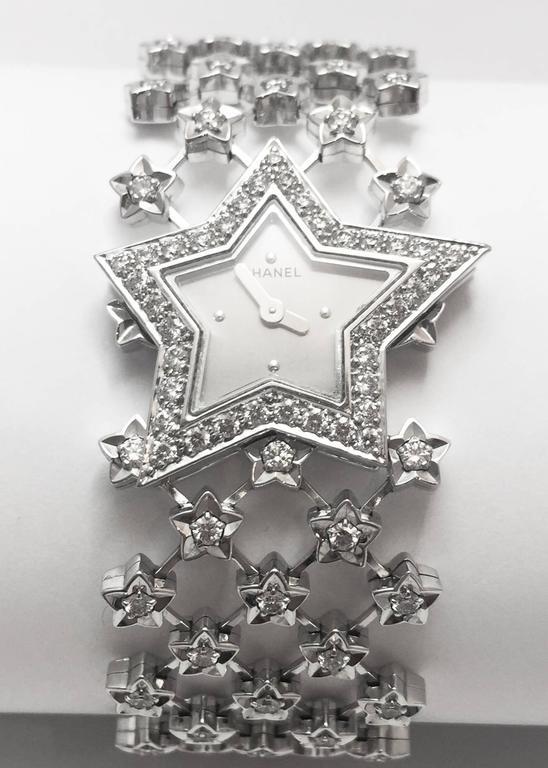 Contemporary Chanel Ladies White Gold Diamond Dust of the Stars Quartz Wristwatch For Sale