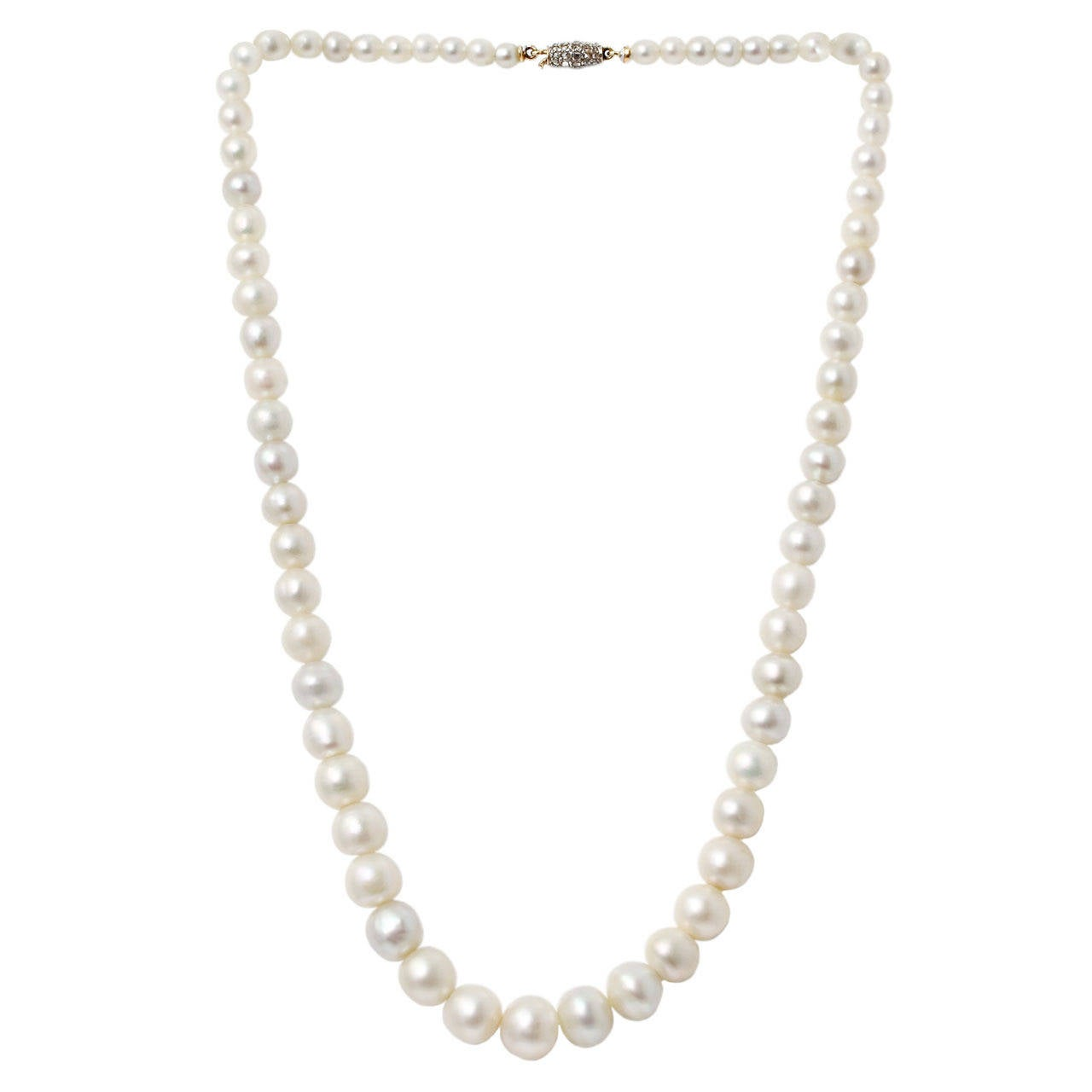 Natural Saltwater Pearl Necklace: A Single Row Natural Saltwater Pearl Necklace For Sale At