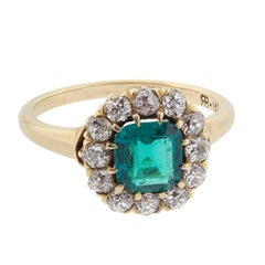 Victorian 2.00 Carat Natural Colombian Emerald and Diamond Gold Ring