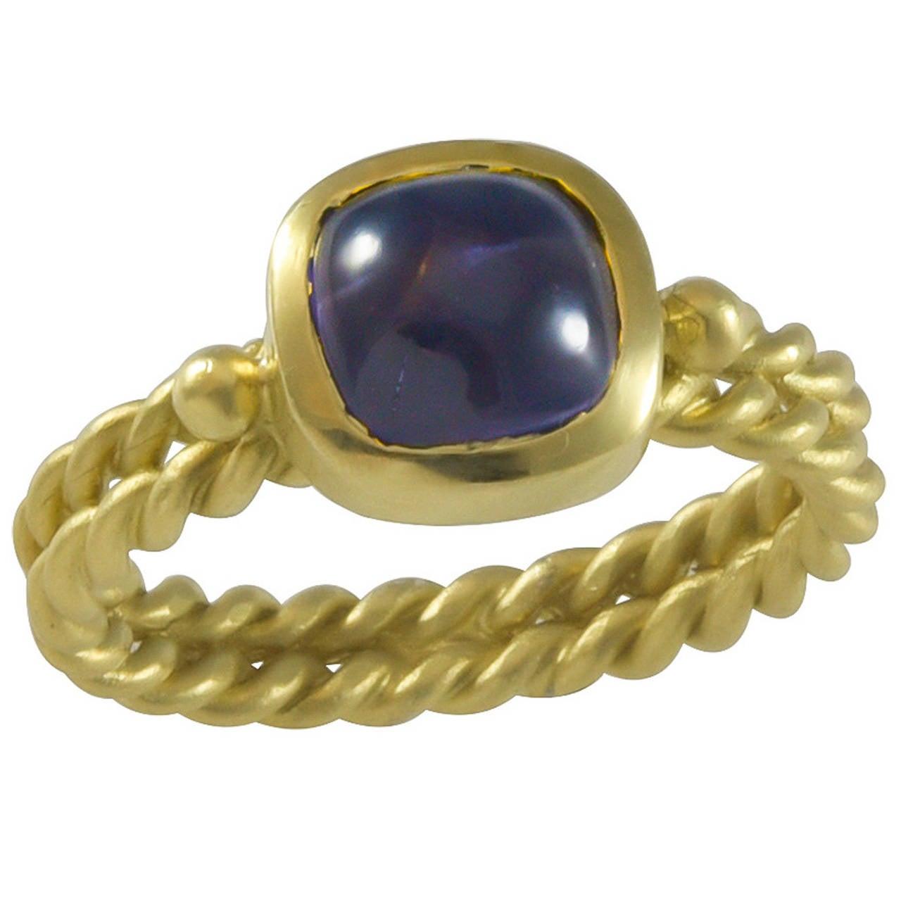 Mazza Cabochon Amethyst Brushed Gold Ring