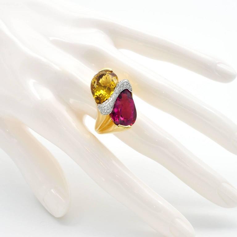 Women's Rubelite Golden Beryl Gold Toi et Moi Cocktail Ring For Sale