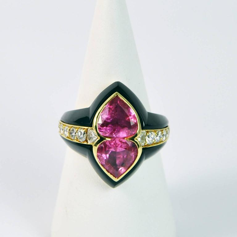 Contemporary Onyx and Pink Tourmaline Gold Dome Ring For Sale