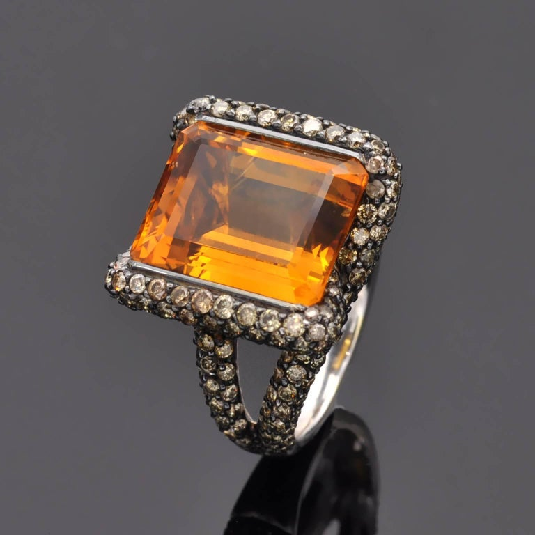 Contemporary Citrine Champagne Diamond Gold Ring For Sale