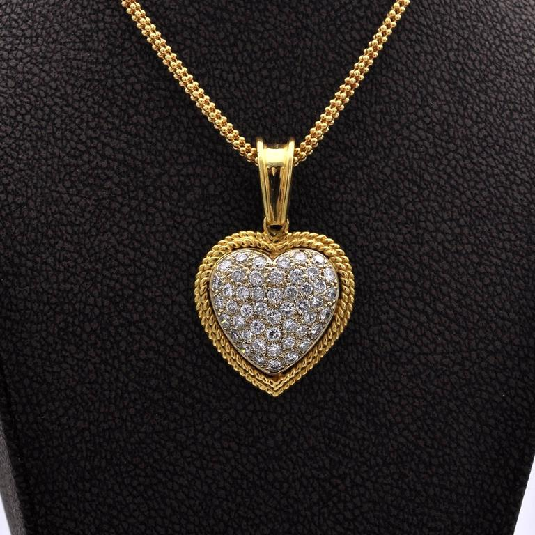 Contemporary Diamond and Gold Heart Pendant For Sale