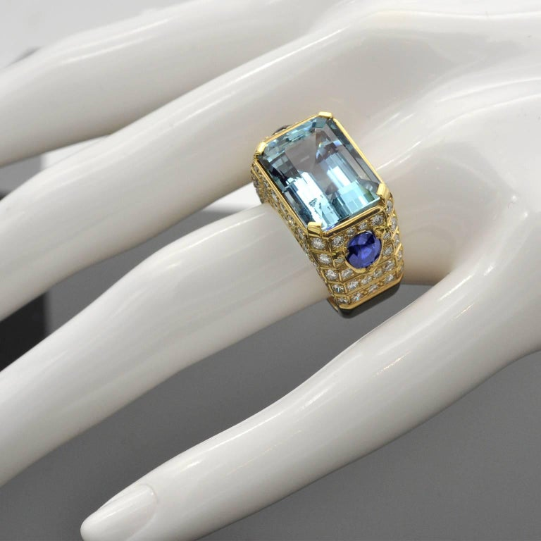 Aquamarine, Sapphires and Diamond Cocktail Ring For Sale 1