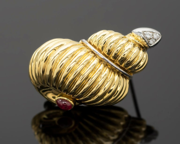 Women's Gold Ruby and Diamond Earrings and Brooch Jewelry Set For Sale