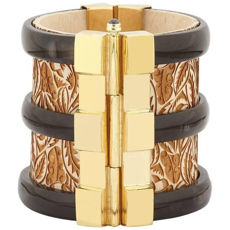 Fouché Cuff Bracelet Diana Vreeland Gold Horn Sapphire Wood In New Condition For Sale In London, GB