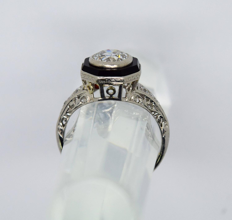 1920s deco onyx platinum engagement ring at