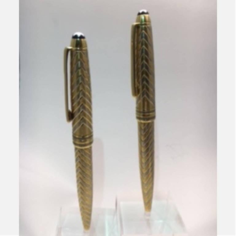 Modern Montblanc Meisterstuck Two Color Gold Pen and Pencil Set For Sale