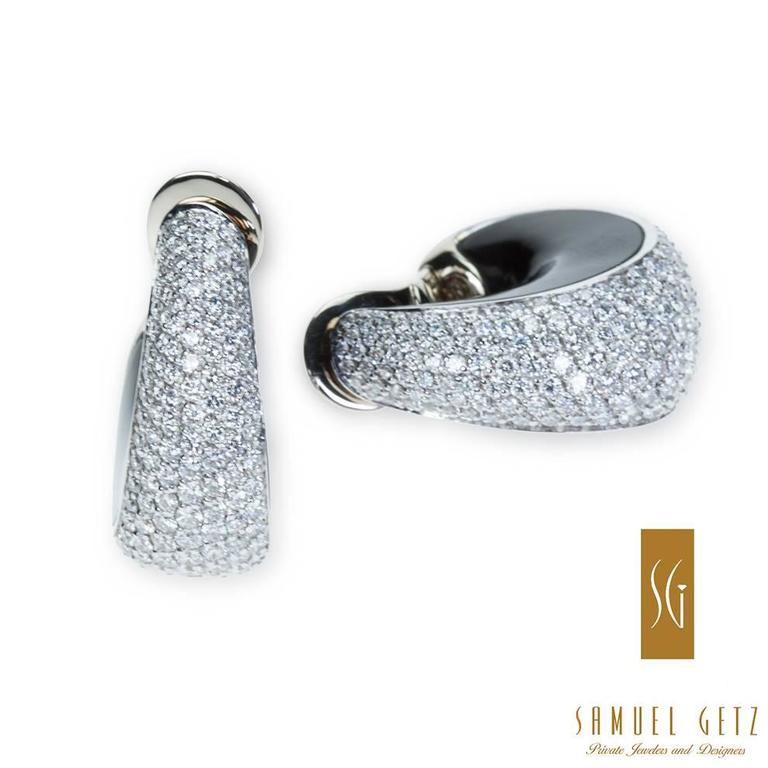"Magnificent Vhernier ""Zingara"" Pavé Diamond and Jet Ear Clips in Gold 4"