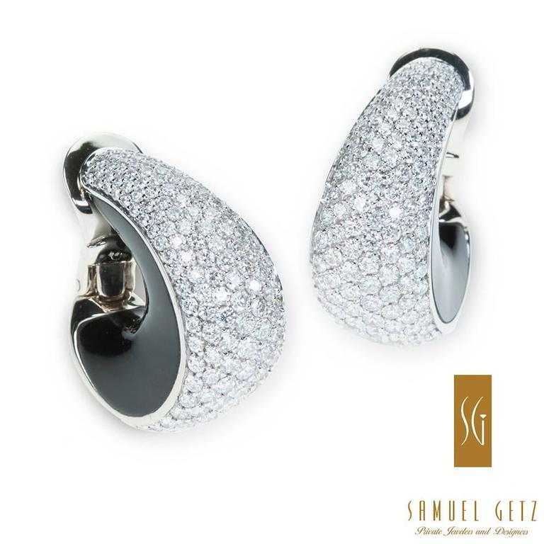 "Magnificent Vhernier ""Zingara"" Pavé Diamond and Jet Ear Clips in Gold 3"