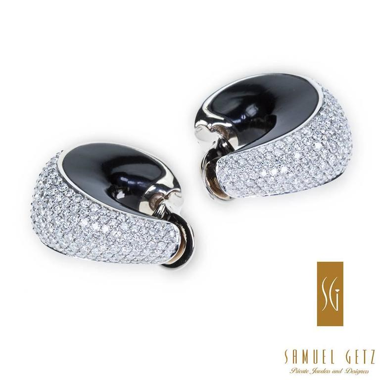 "Magnificent Vhernier ""Zingara"" Pavé Diamond and Jet Ear Clips in Gold 5"