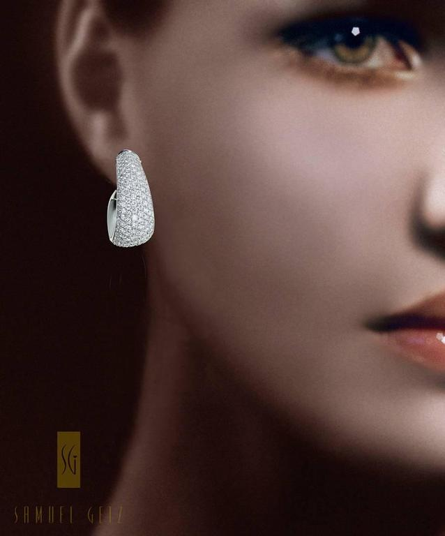 "Magnificent Vhernier ""Zingara"" Pavé Diamond and Jet Ear Clips in Gold 2"