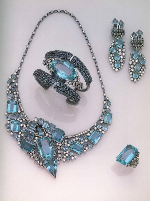 Book of Jewelry of the 1940s and 1950s  1