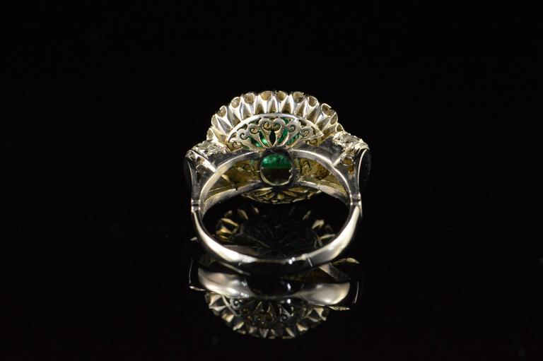 1.68 Carat Emerald 1.32 Carats Mine Cut Diamonds Gold Ring For Sale 2