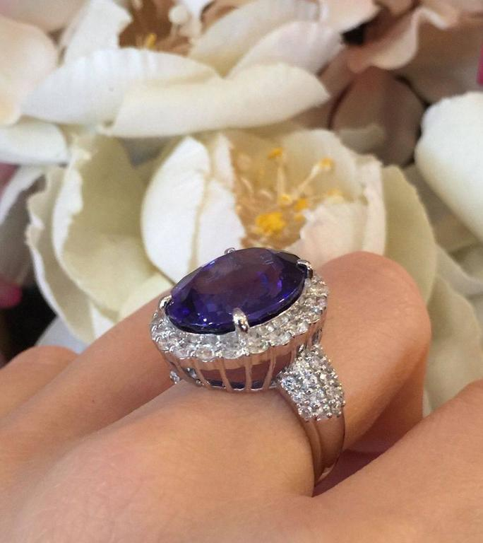 17.12 Carat Oval Tanzanite Diamond Platinum Halo Ring  7