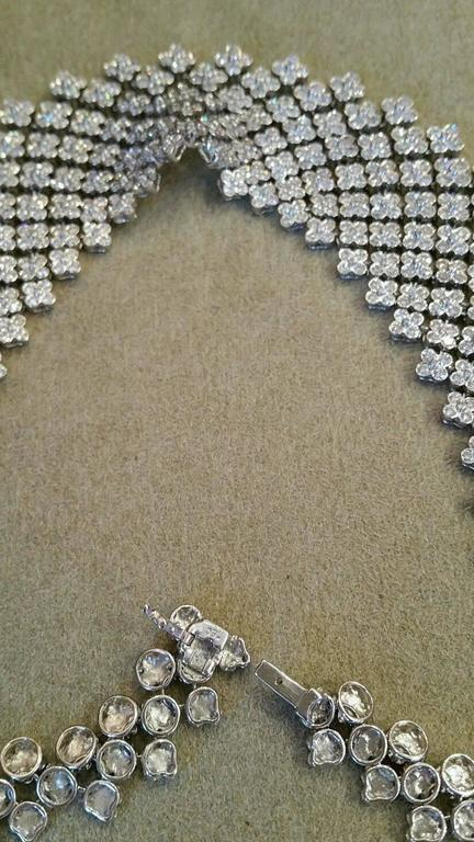 20 Carats Diamonds Gold Bib Collar Flower Necklace  4