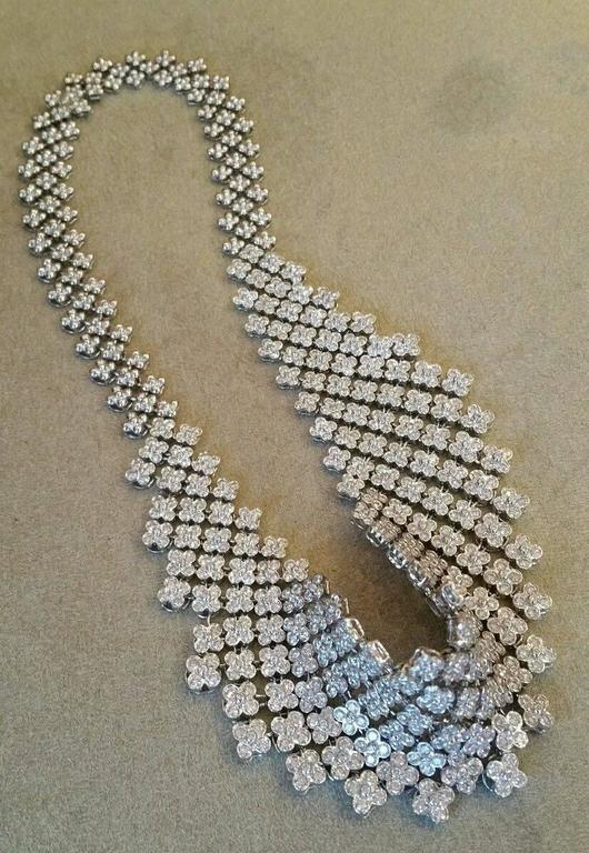 20 Carats Diamonds Gold Bib Collar Flower Necklace  5