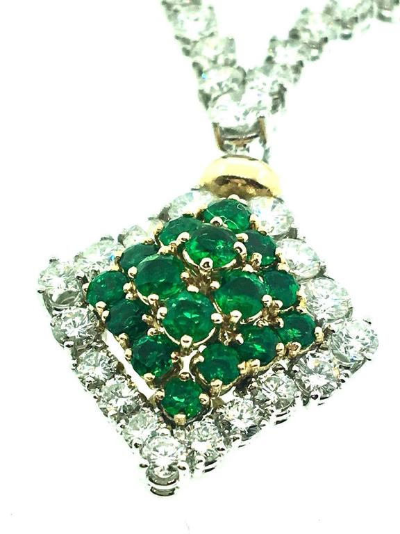 23.50 Carats Diamonds Emerald Gold Necklace  For Sale 2