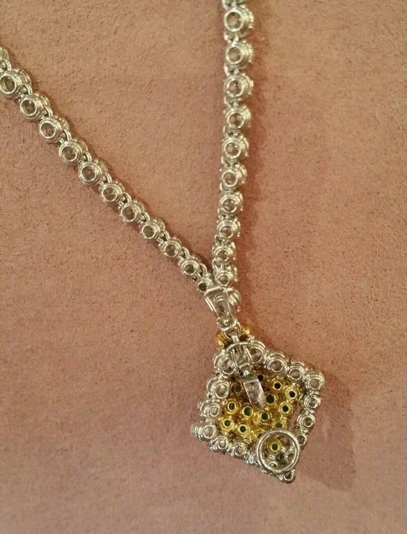 23.50 Carats Diamonds Emerald Gold Necklace  For Sale 3