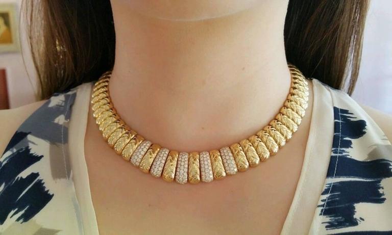 Women's Van Cleef & Arpels Diamond Gold Collar Choker Necklace  For Sale