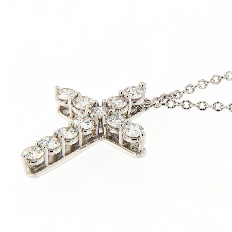 Diamond Cross Pendant Platinum Necklace In New Condition For Sale In Troy, MI