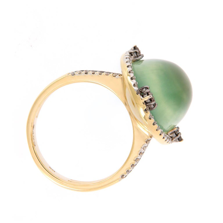 Prehnite and Diamond Yellow Gold Cocktail Ring For Sale 1