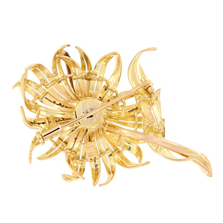 Vintage Diamond Gold Sunflower Brooch In Excellent Condition For Sale In Troy, MI