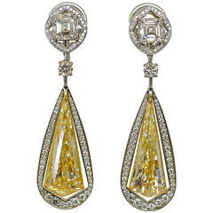 Unique 10.49 Carat Fancy Yellow Diamond Gold Drop Earrings