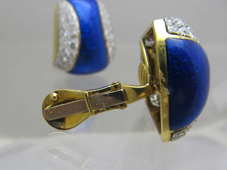 David Webb Blue Enamel and Diamond Clip Earrings In Excellent Condition For Sale In New York, NY