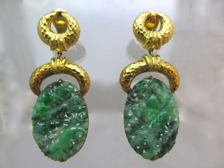 David Webb Impressive Carved Jade Suspended From 18k Gold Hammered Clips Signed