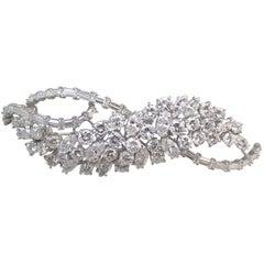 Harry Winston Diamond Platinum Wave Brooch
