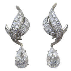 Harry Winston Diamond Drop Earrings
