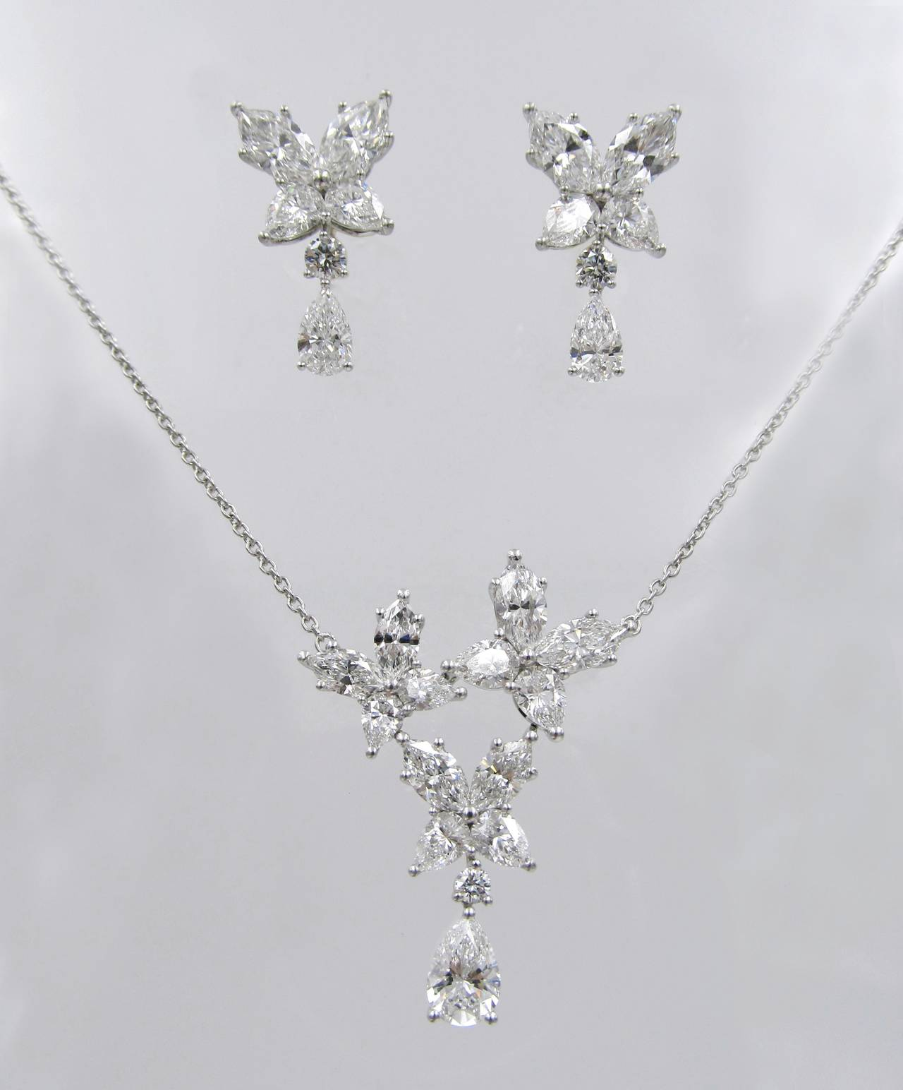 Harry Winston Diamond Platinum Necklace And Earrings At