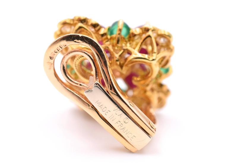 Vintage Van Cleef & Arpels Ruby Chrysoprase Diamond Gold Ear Clips 3