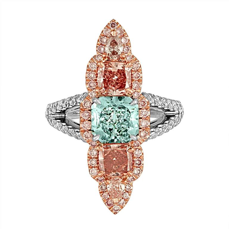 1.57 Carat GIA Certified Blue Green Cushion Cut and Pink and White Diamonds Ring In Excellent Condition For Sale In New York, NY