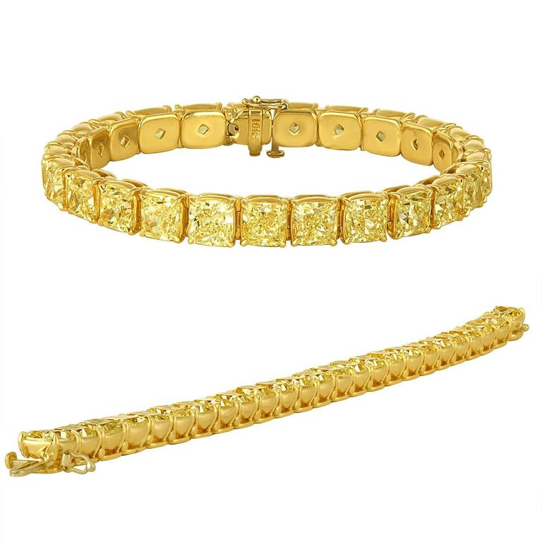 Contemporary Yellow Diamonds Cushion Cut Set in Gold Bracelet For Sale