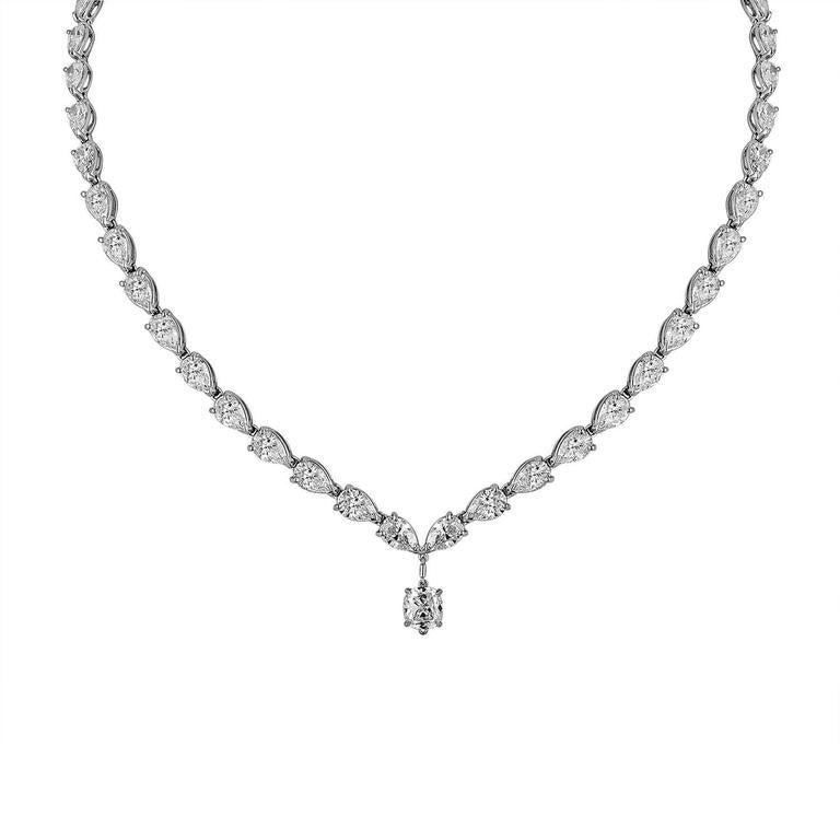 23.52 Carats Pear Shaped Diamonds and 1.03 Carat Diamond Platinum Drop Necklace 4
