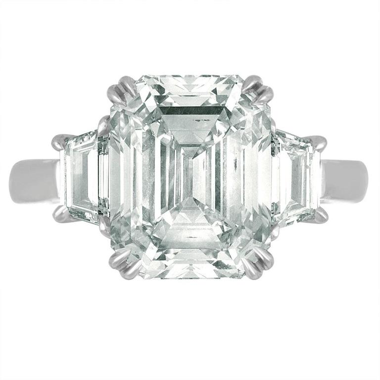 6.02 Carat Emerald Cut Diamond Set in Platinum with Trapezoids For Sale 2