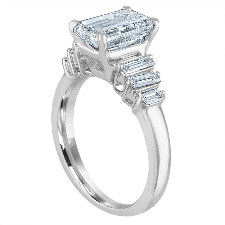 Contemporary 2.54 Carat GIA Certified Emerald Cut Diamond Ring For Sale