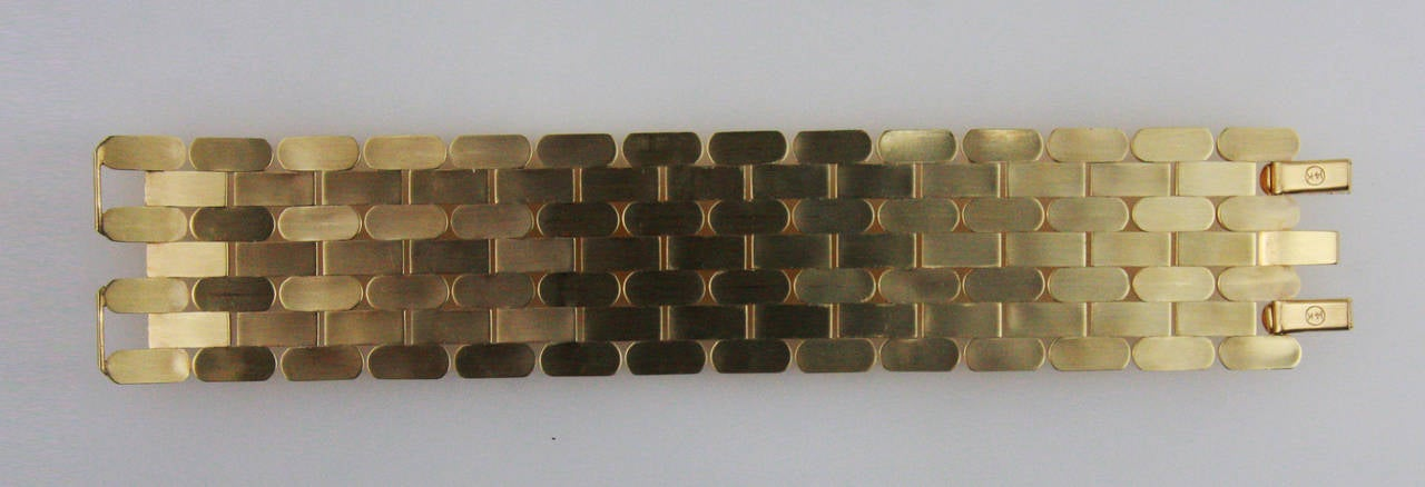 1940s Retro Pink Gold Bracelet In Excellent Condition For Sale In Coral Gables, FL