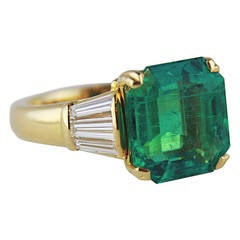 7.78 Carat Colombian Emerald Diamond Gold Ring