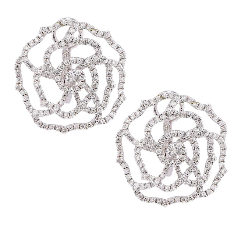 2 3 Carats Rose Shape Diamond Earrings For