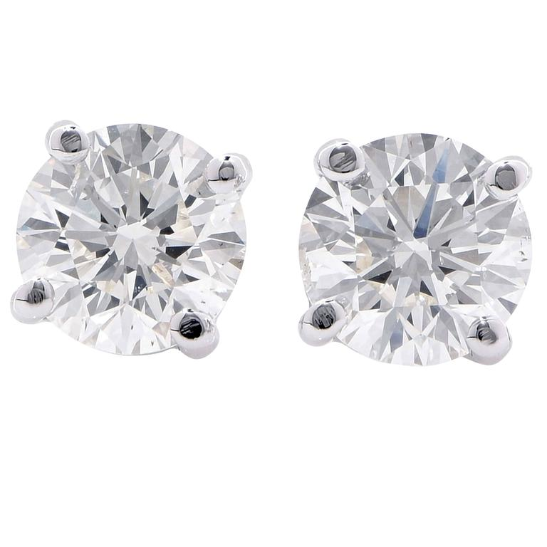 1.40 Carat Total Weight Diamond Studs