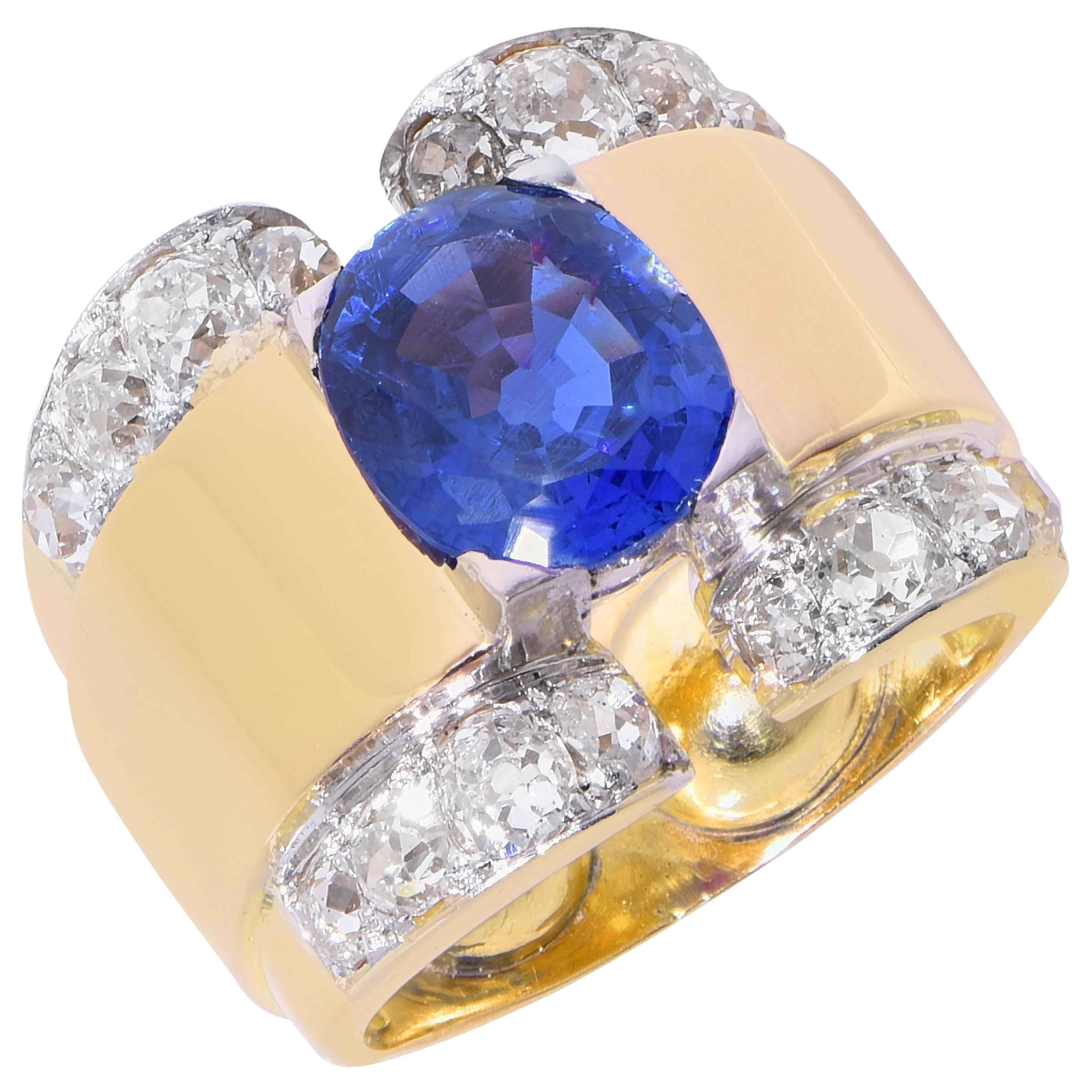 6 Carat GIA Graded Ceylon No Heat Sapphire and Diamond Retro Gold Ring
