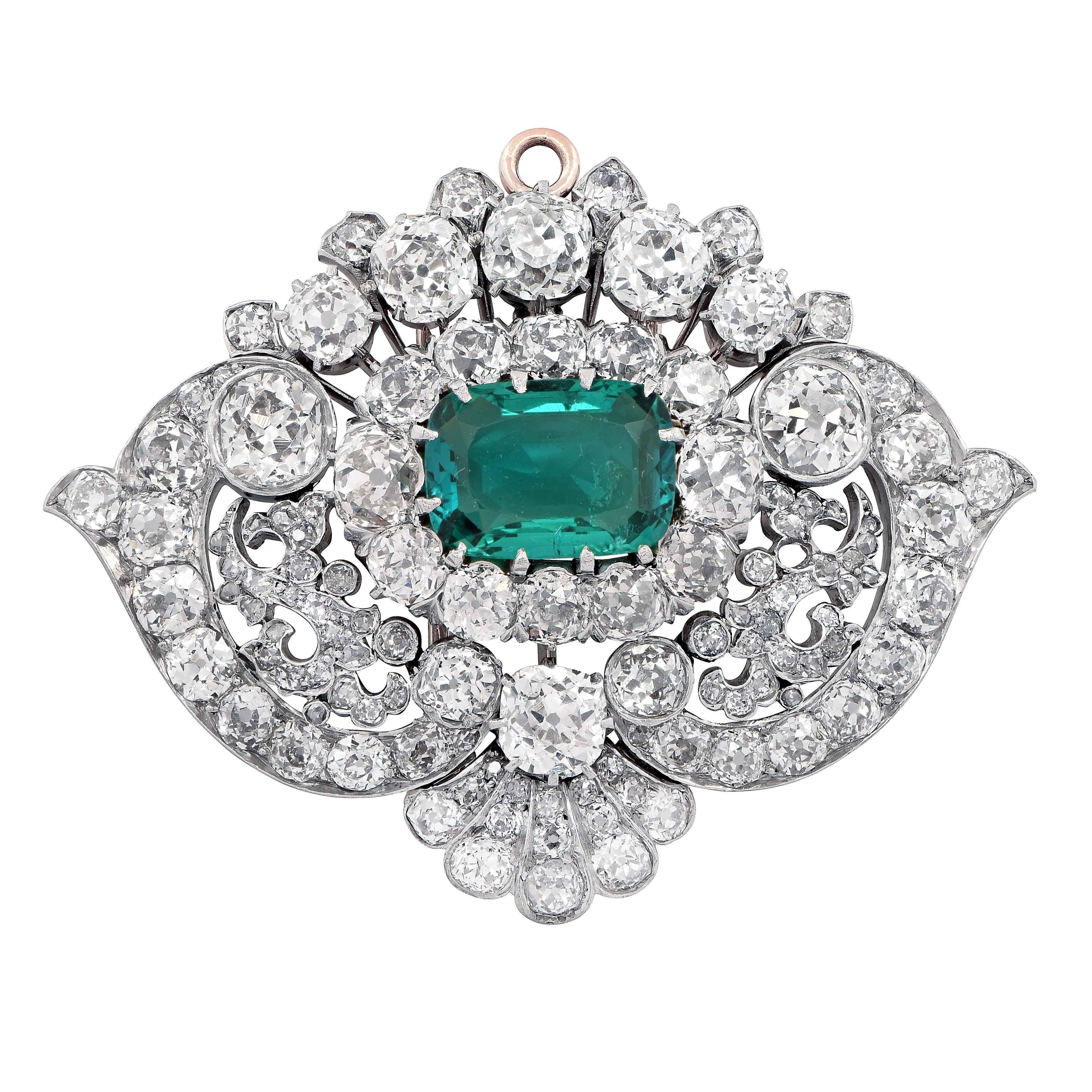 bb620e27f59ce Tiffany & Co. circa 1880 Classic Colombia Emerald Diamond Pin Necklace