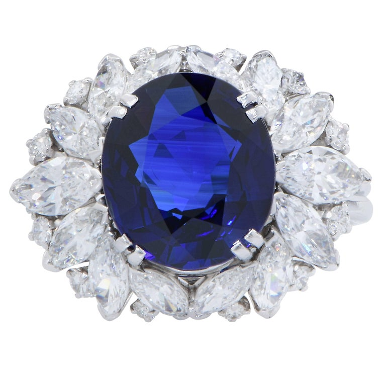 Harry Winston 5.78 Carat Natural Sapphire and Diamond Platinum Cocktail Ring In Excellent Condition For Sale In Coral Gables, FL