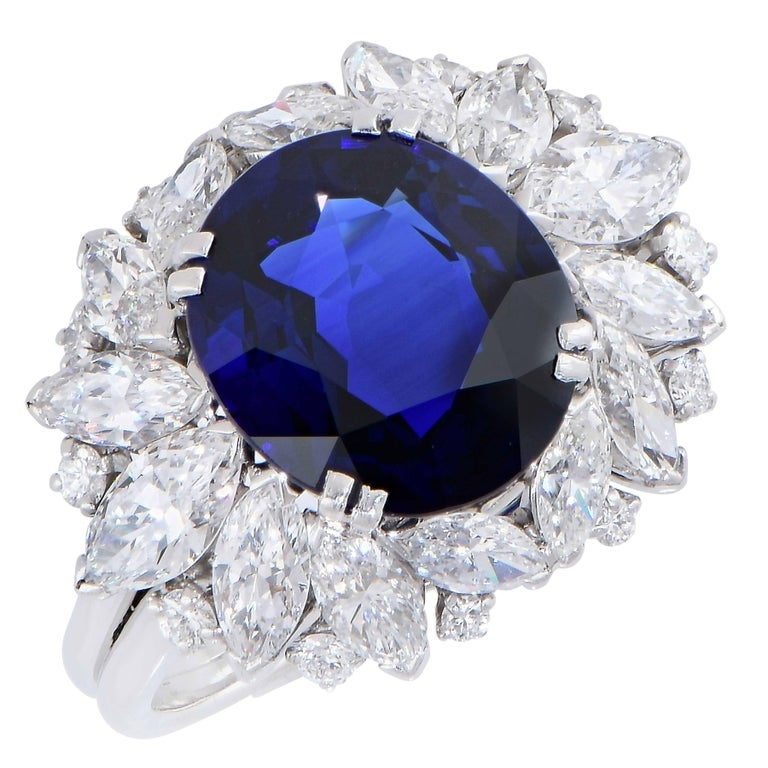 Oval Cut Harry Winston 5.78 Carat Natural Sapphire and Diamond Platinum Cocktail Ring For Sale