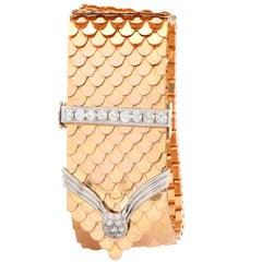 Retro 18 Karat Yellow Gold Scale Diamond Buckle Bracelet